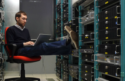موقع dice.com نشر مؤخرا تقريرا عن أعلى الرواتب في مجال تقنية المعلومات